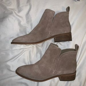 Dolce Vita women's ankle boots